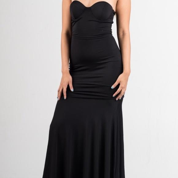 22a29c1e5ef Black Padded Mermaid Maxi Dress